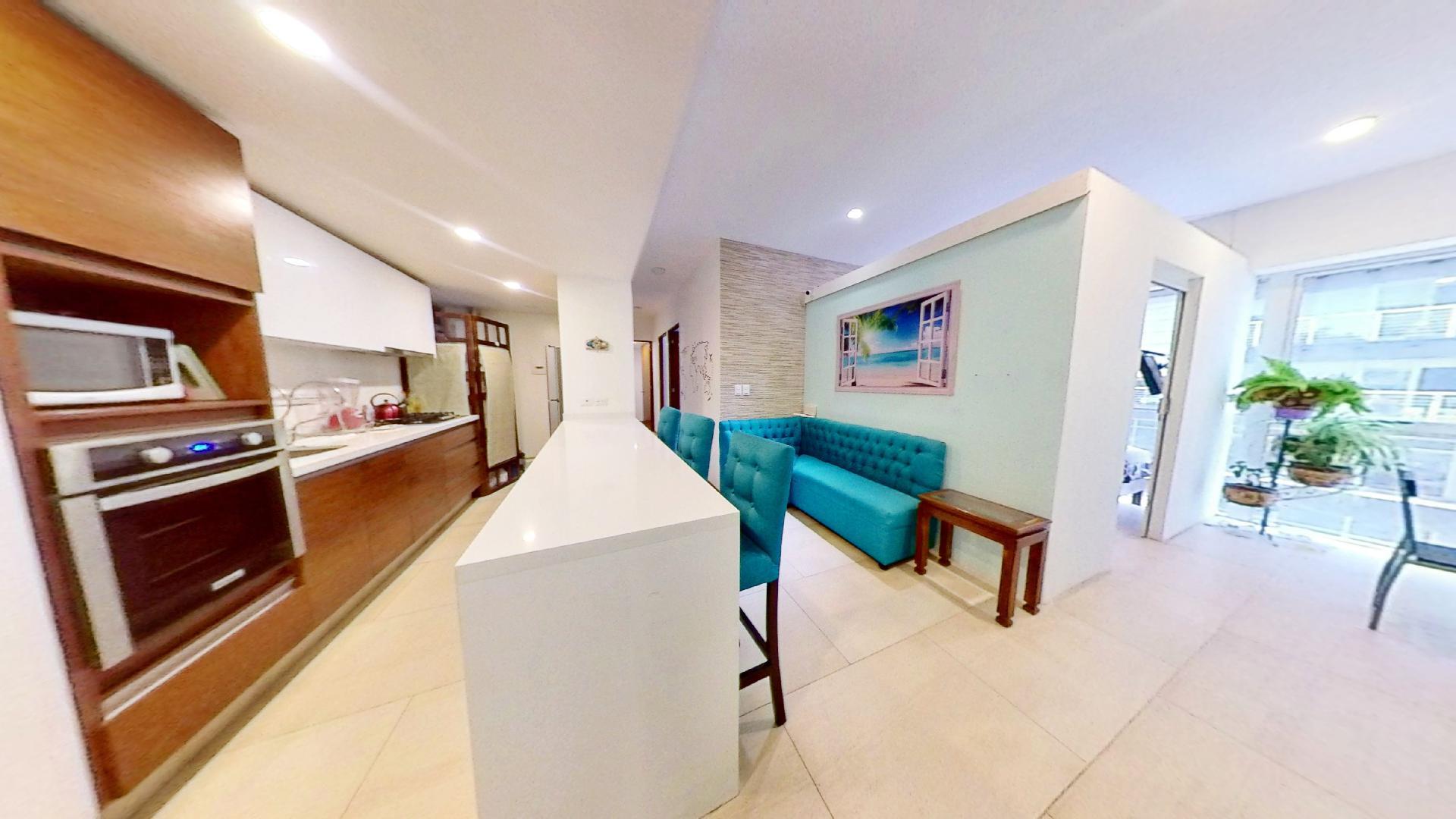 Venta departamento de 3 recámaras en City Towers Green, Colonia Santa Cruz. Cocina-Sala