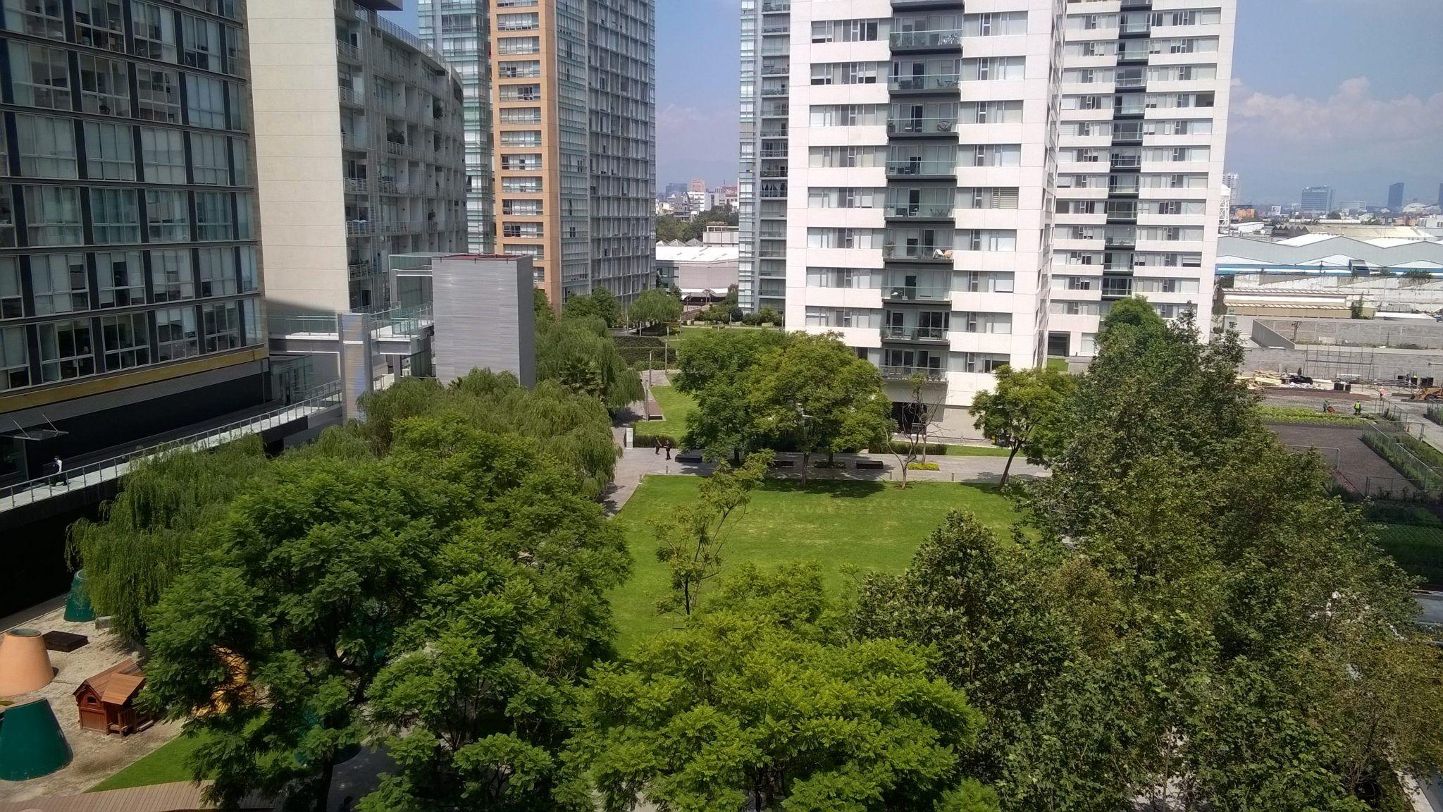 Departamento en Venta en Parques Polanco. 2 Recámaras y dos terrazas. Jardín central