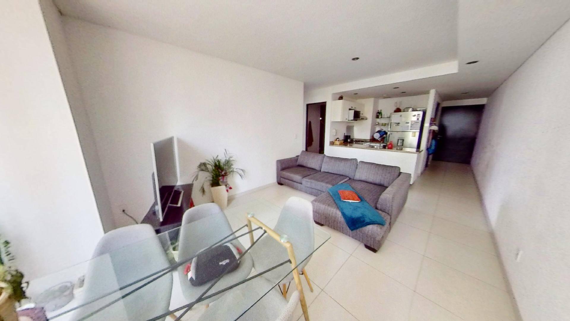 Departamento 2 recámaras en venta en Torre Central de Parques Polanco. Sala y Comedor