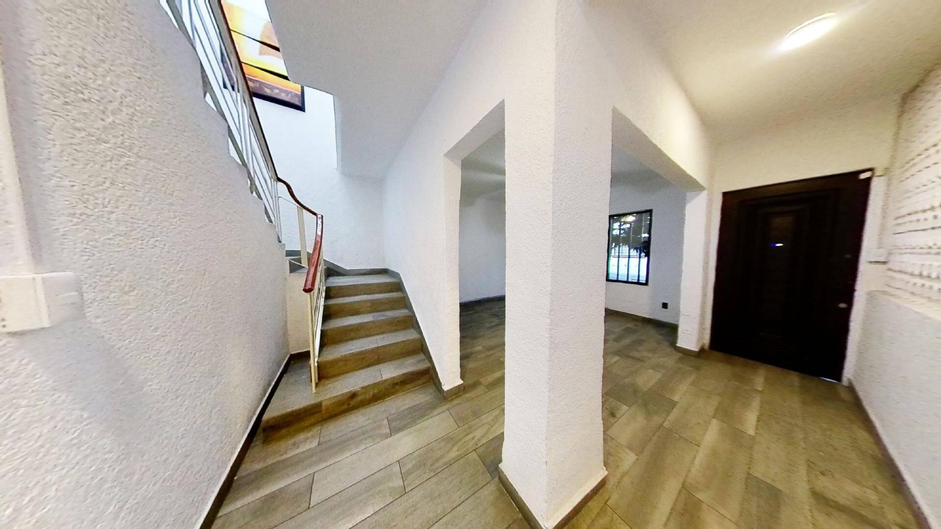 Casa en venta en la Colonia Roma Sur, Alcaldía Cuauhtémoc, CDMX.