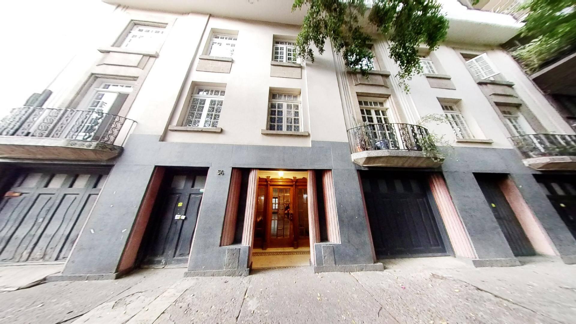 Departamento en Venta en la Colonia Condesa. Edificio Art Decó catalogado por el INBA.